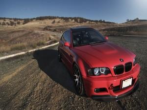Un sensacional BMW rojo