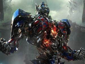 """Optimus Prime líder de los Autobots """"Transformers: La Era de la Extinción"""""""