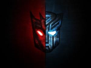 Postal: Símbolos de las dos facciones de Transformers