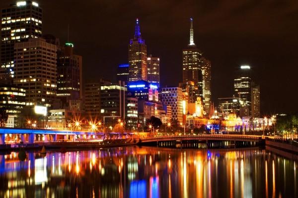 Luces en el río Yarra (Melbourne)