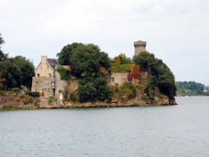 Postal: El río Rance entre Dinard y Saint-Malo (Francia)