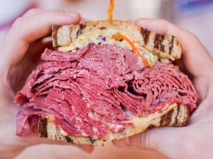 Sándwich difícil de comer