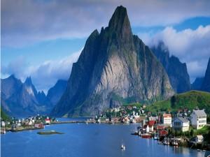 Preciosas vistas de Gudvangen, Noruega