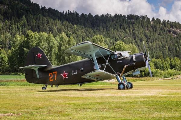 Avioneta 27 LN-KGB