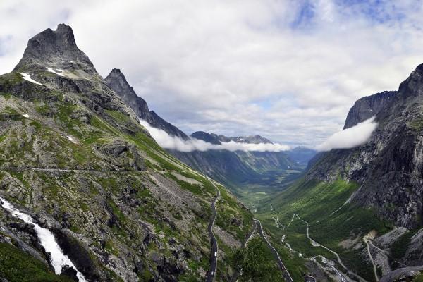 Carreteras en las montañas