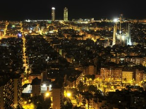 Postal: Vista de la noche en Barcelona