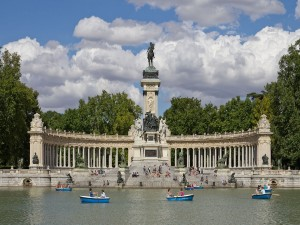 Postal: Monumento a Alfonso XII en los Jardines del Retiro (Madrid)