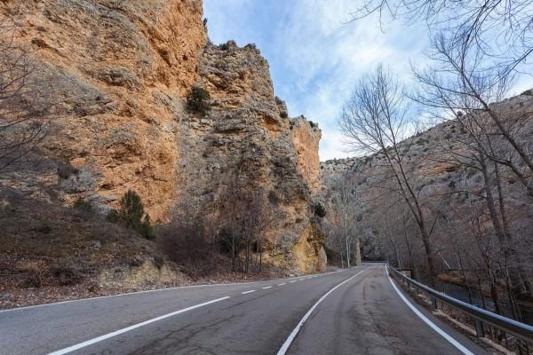 Carretera en Albarracín (Teruel, España)