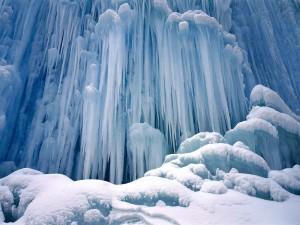 Postal: Gran cascada helada