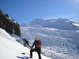 Escalando una montaña helada