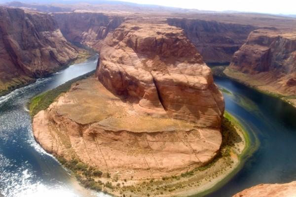 """Vista de la """"Curva de la Herradura"""" en el río Colorado"""