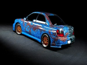 Postal: Bonita pintura artística en un coche Subaru