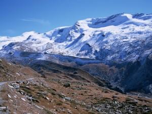 Postal: Nieve en la montaña
