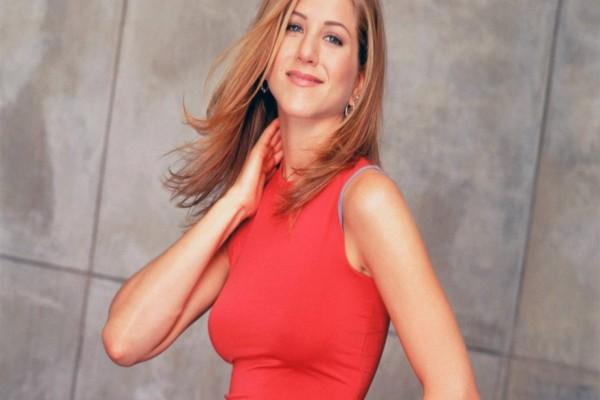 Jennifer Aniston sonriendo