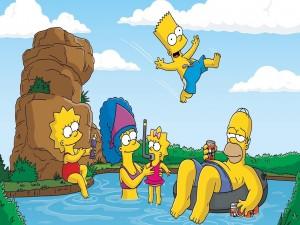 Postal: La familia Simpsons jugando en la piscina