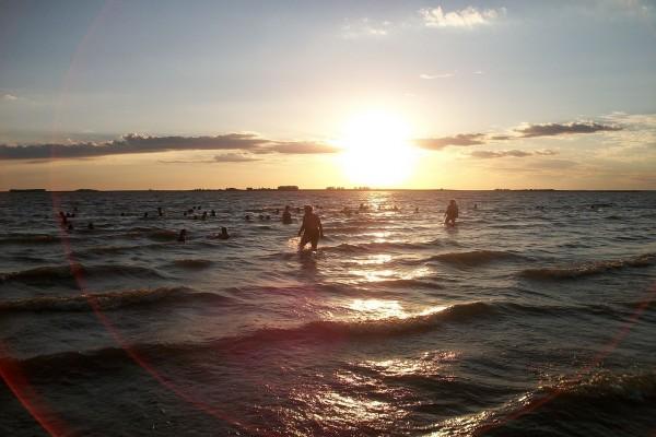 Atardecer en la playa San Gregorio (Uruguay)