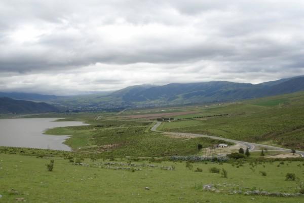 Vista del acceso a los pueblos de El Mollar y Tafí del Valle (Argentina)