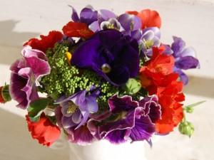 Postal: Ramo con flores de varios colores