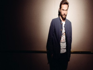 Tom Mison, actor y escritor inglés