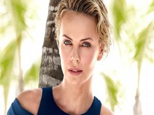 La actriz y modelo Charlize Theron