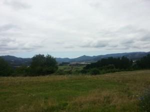 Guernika visto desde la lejanía (País Vasco)
