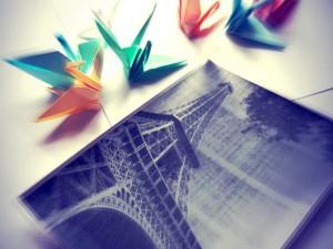 Postal: Grullas de papel (Origami)