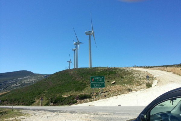 Generadores de viento en un límite regional