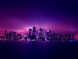 Postal: Ciudad de color púrpura