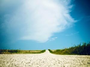 Pequeñas piedras en el camino