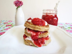 Tortitas con mermelada casera de fresas