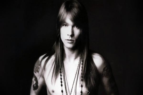 Vocalista de la banda Guns N' Roses: Axel Rose