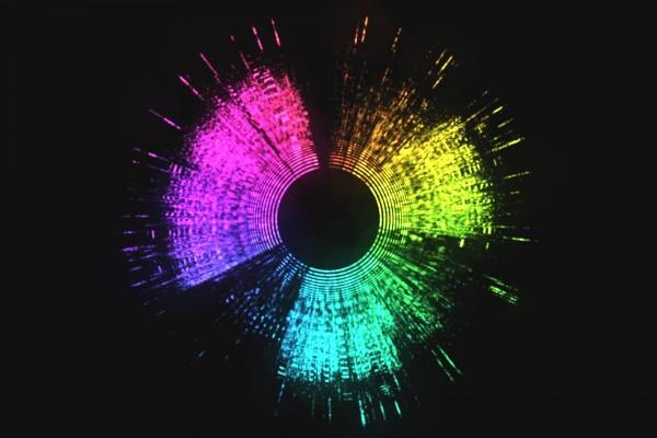 Colores formando un círculo en un fondo negro
