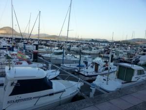 Barcos en un puerto deportivo español