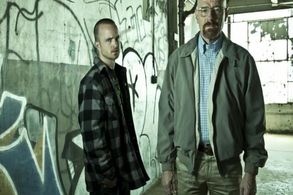 """Walter y Jesse en un almacén """"Breaking Bad"""""""