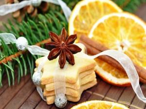 Galletas de naranja, canela y anís estrellado