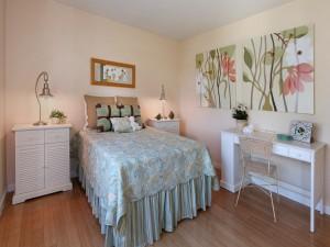 Un delicado y moderno dormitorio