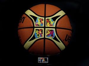 Postal: Balón para la Copa del Mundo de Baloncesto en España 2014