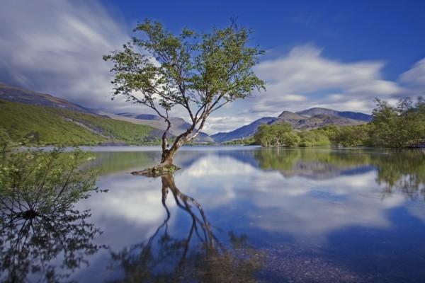 Vista extraordinaria del Parque Nacional de Snowdonia
