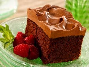 Postal: Bizcocho de chocolate con ganaché de chocolate