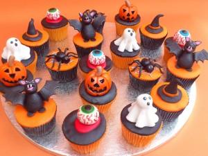 Postal: Geniales cupcakes para comer en Halloween