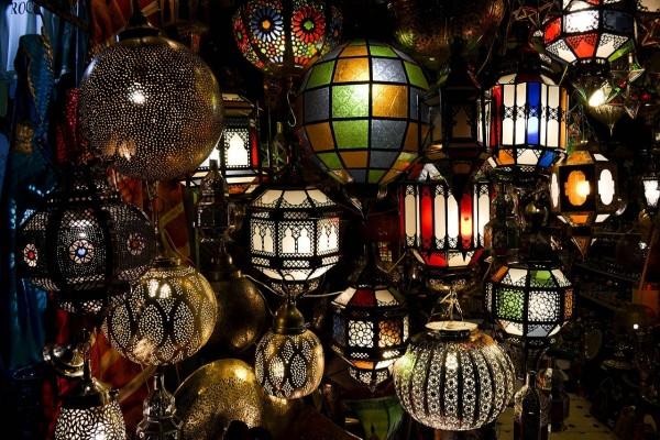 Tienda de lámparas en Marruecos