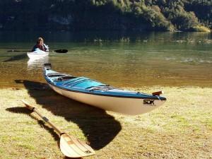 Postal: Kayak en Los Alerces (Patagonia)