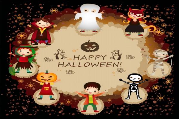 Los niños disfrazados te desean ¡Feliz Halloween!