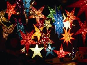 Postal: Grandes estrellas decorativas para Navidad