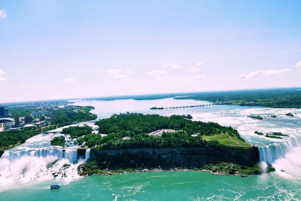 Vista panorámica de las cataratas del Niágara (Toronto, Canadá)