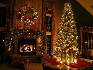 Postal: Gran salón decorado en Navidad