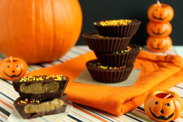 Chocolatinas con mantequilla de cacahuete para el día de Halloween
