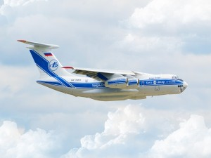 Un Il-76TD en el aire