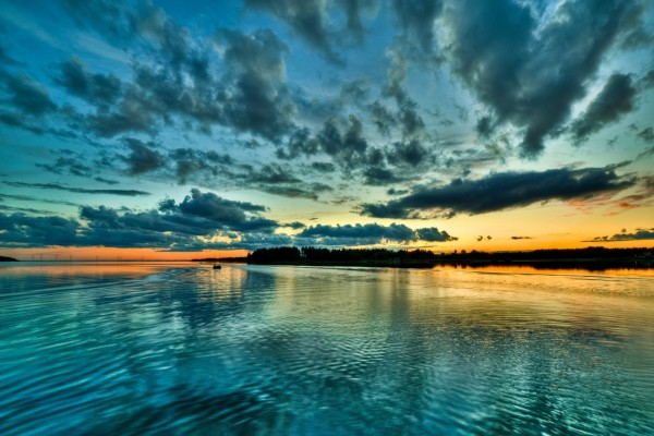 Puesta de sol azul