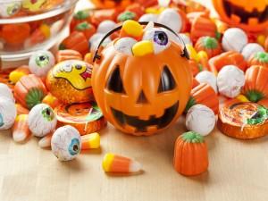 Caramelos y calabaza para Halloween